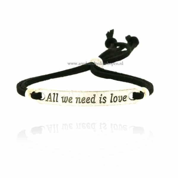 all we need is love armbandje zwart zilver