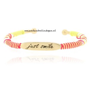 inspirerende quote bangle armband just smile