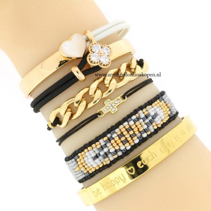 klein kruisje armbandje mix en match