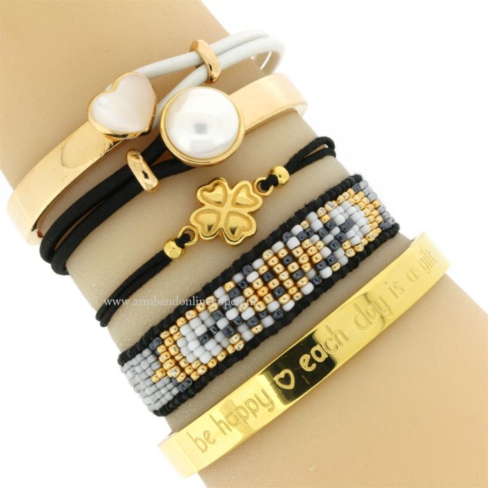 quote armband be happy each day is a gift