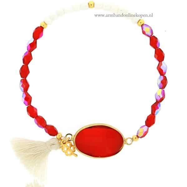 armband rode facet steen glimmende kraaltjes