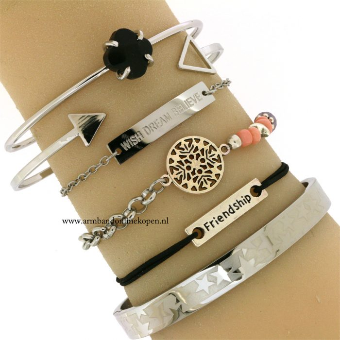 Love and Friendship Bracelet Black