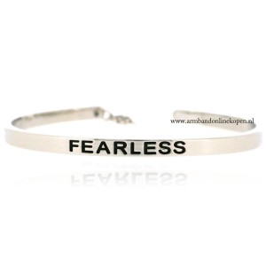 quote armband fearless
