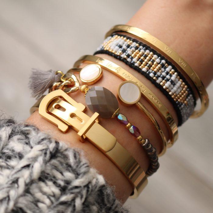 hippe armbanden musthave steen kwastje