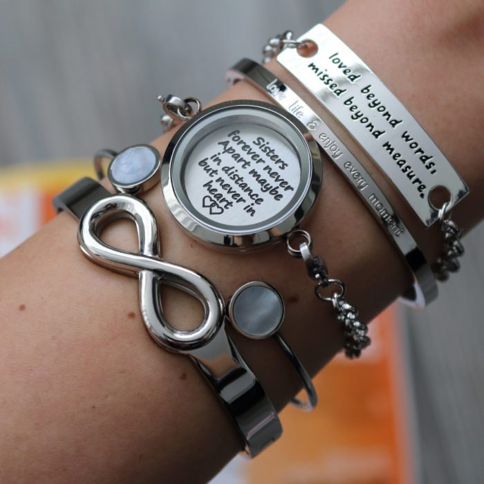 zussen armband met quote munt sisters forever never apart