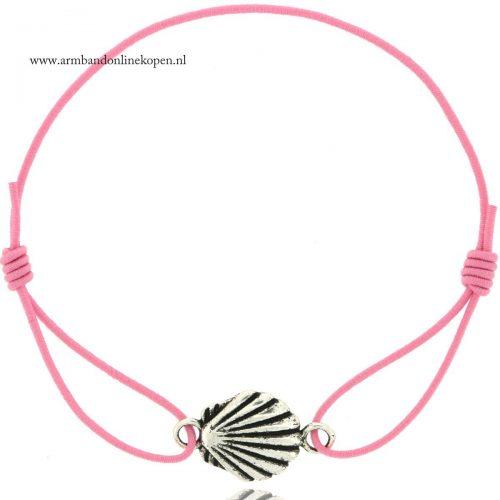 ibiza armbandje schelp zilver roze