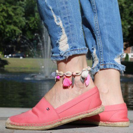 schelp armbanden enkelbandjes roze