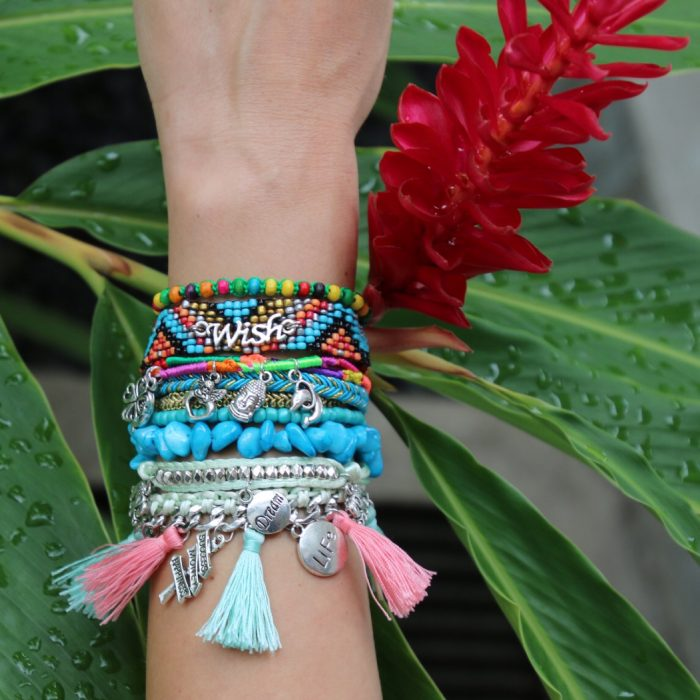 armband-ibiza-wish-dream-bedels-magneetsluitig
