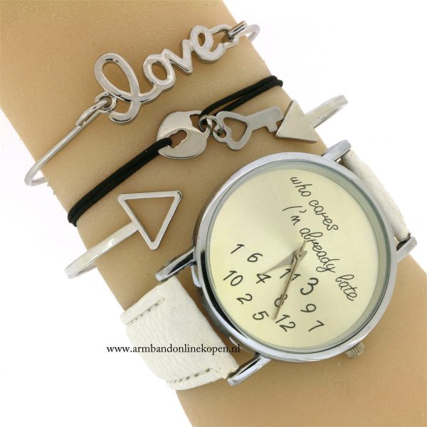 armbandje-kruis-roestvrij-staal-love-is-the-key-to-happiness