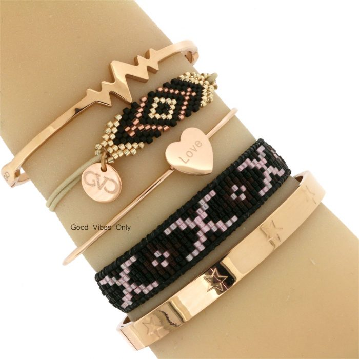 hippe-armbanden-love-hart-roze-goud-kraaltjes