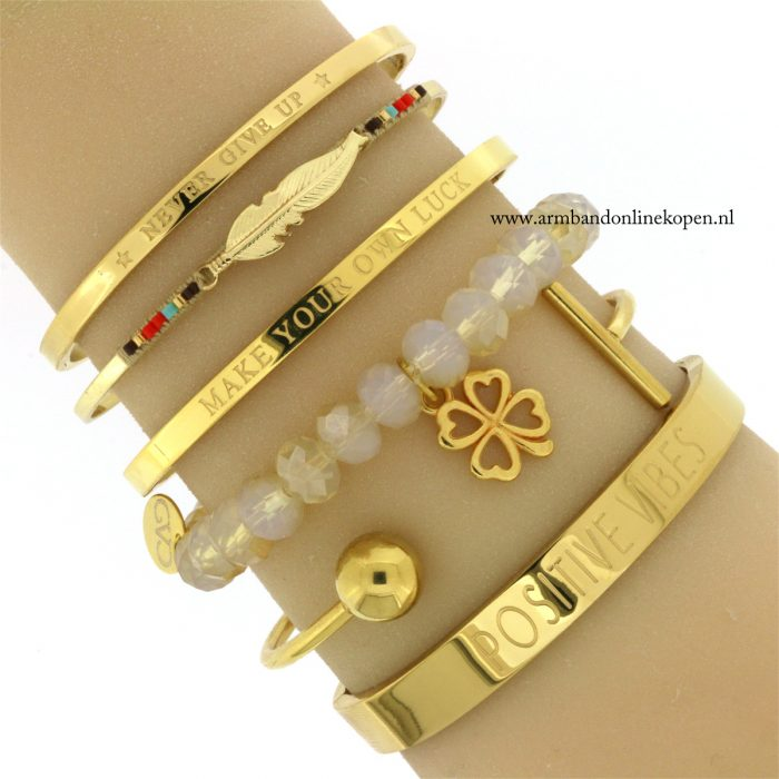 klavertje-vier-armband-good-vibes-only-quote-bangles