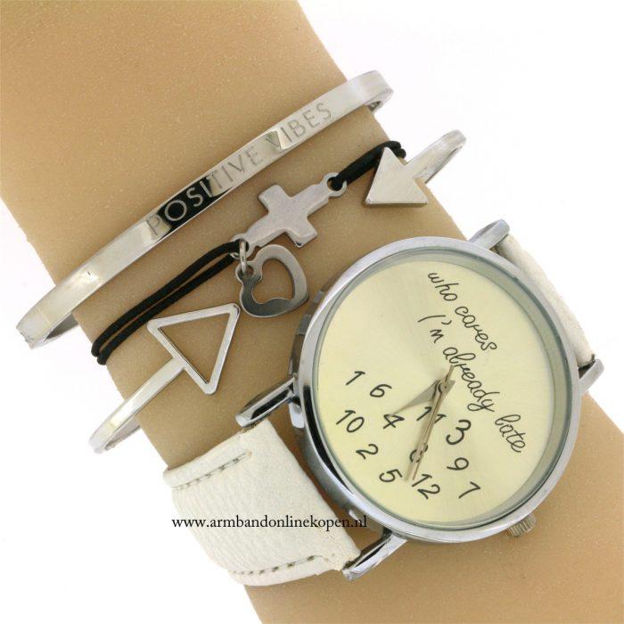 kruis-armbandje-believe-roestvrij-staal