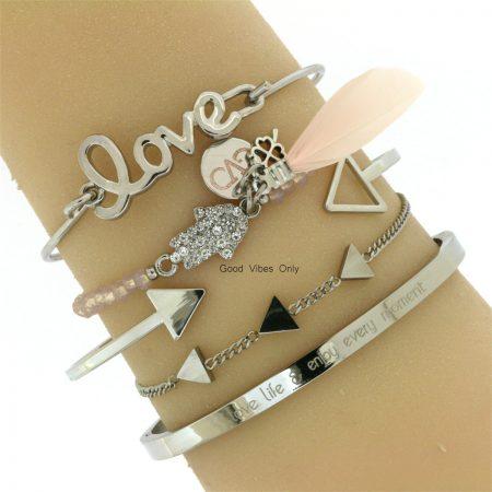 minimalistisch-armbandje-rvs-triangel-zilver-armcandy