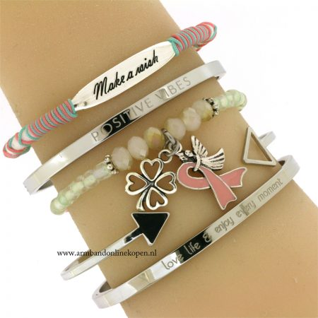 pink-ribbon-armbandje-klavertje-vier-geluks-armbandjes