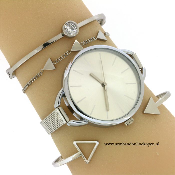 armbandje-staal-triangel-good-vibes-only