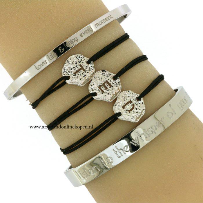 initiaal-armband-naam-armband