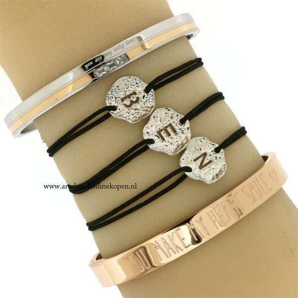initiaal-armbandjes-naam-armbandjes