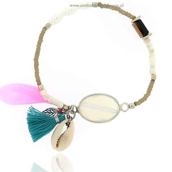 facet steen armband met parel en boho details