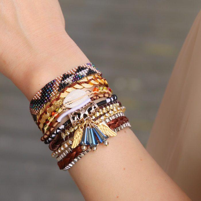 ibiza armbanden met schelpen en goudkleurige engelvleugels