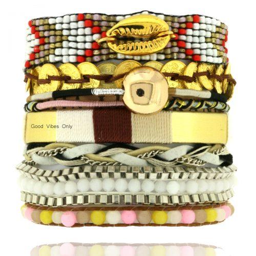 good vibes only ibiza armband goud met schelp magneet sluiting