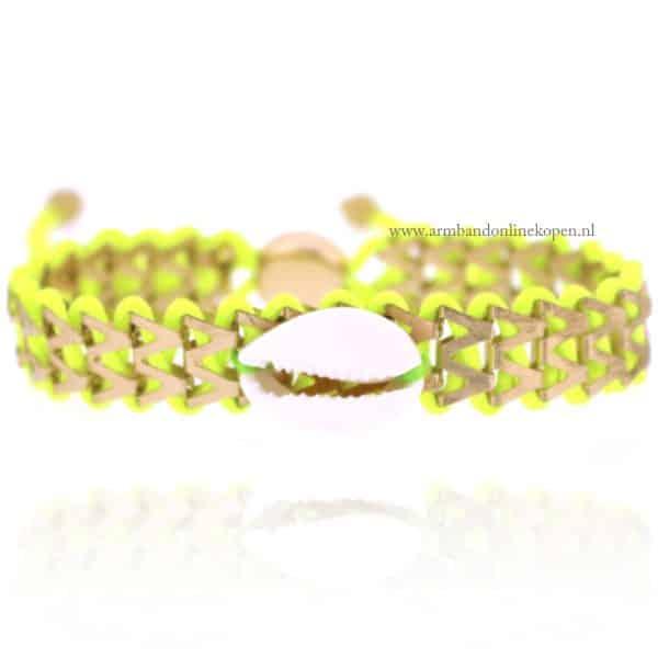 Ibiza Armbandje met Schelpje Neon Groen