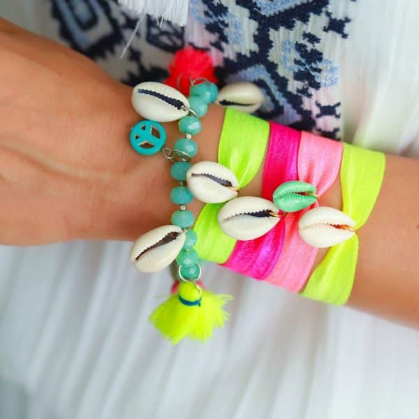 neon armbandjes armparty met schelpjes