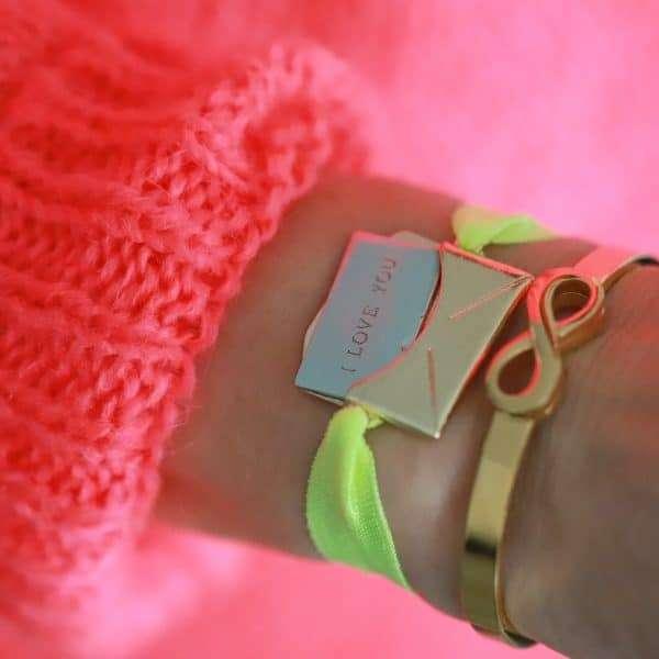 armband love met tekst