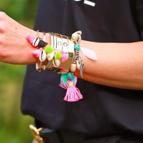 grove schakles armband met schelpjes en kwastjes