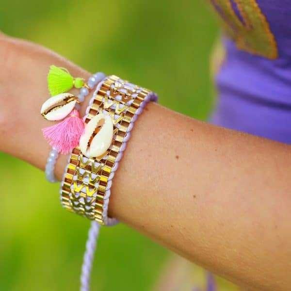 lila armbandje facetkralen boho details